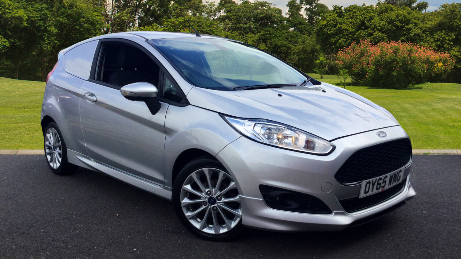 Ford Fiesta 1.6 Tdci Sport Van For Sale >> Used Ford Fiesta Diesel 1 6 Tdci Sport Van For Sale Car Credit Assured