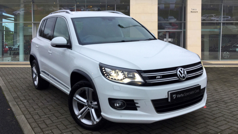 Volkswagen Tiguan 2.0 TDi BlueMotion Tech R Line 150 5dr [NAV] Diesel Estate