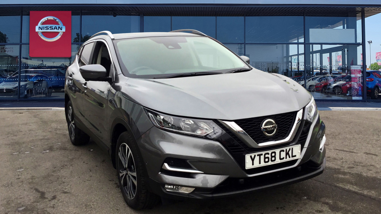 Nissan Qashqai 1.5 dCi [115] N-Connecta 5dr [Glass Roof Pack] Diesel Hatchback