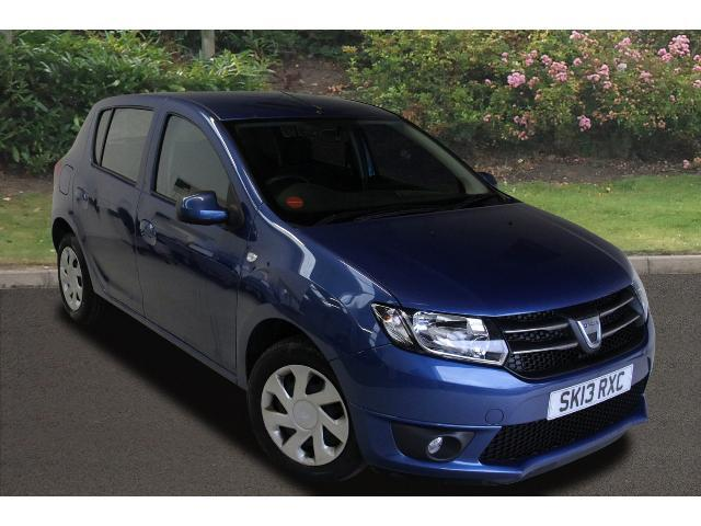 used dacia sandero 1 2 16v laureate 5dr petrol hatchback for sale car credit assured. Black Bedroom Furniture Sets. Home Design Ideas